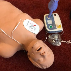 web AED-and-BLS-GP-photo